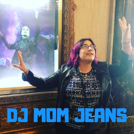 dj mom jeans